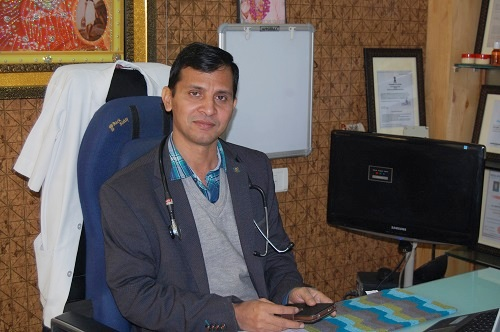 Dr. Mahaveer Sharma homeopathic doctor in udaipur